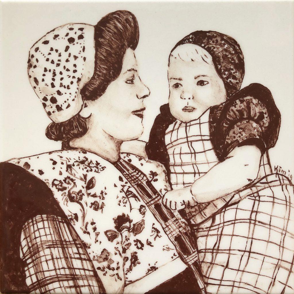 Darpse tegel moeder en kind