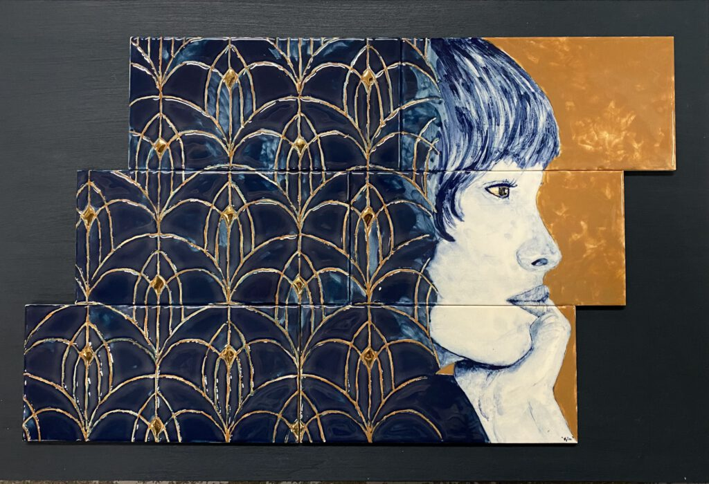Free the Art Deco patterns with gold
